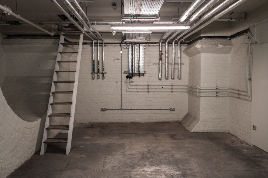 Image of a basement without ventilation